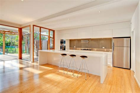 cocina en casa con planos de casa con cuatro dormitorios construye hogar
