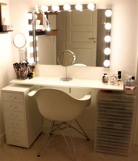Cheap Makeup Vanity 17 best ideas about cheap vanity table 2017 on