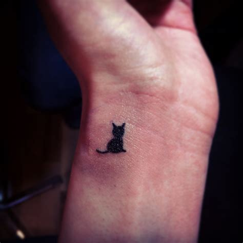 tattoo cat on wrist 70 cute wrist tattoos for girls