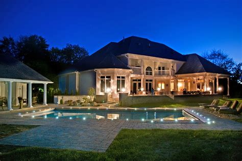 Simple Ways To Brighten Up Your Yard With Outdoor Lighting Best Solar Landscape Lighting Reviews