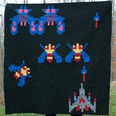 Galaga Rug by Galaga Quilt Keeps You Warm 8 Bit Style Geekologie