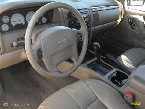2002 Jeep Grand Interior Taupe Interior 2002 Jeep Grand Limited Photo
