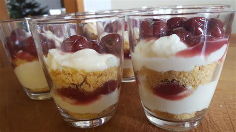 nachtisch im glas kirsch k 228 sekuchen dessert im glas nudili chefkoch de