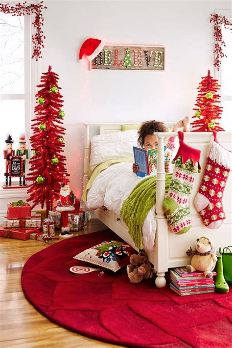 bedroom christmas tree best 25 christmas bedroom ideas on pinterest christmas