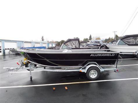 alumaweld boats for sale alumaweld sport skiff boats for sale