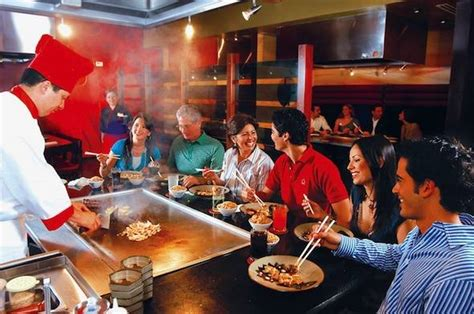 japanese restaurant cook at table the top 5 hibachi restaurants in haute living