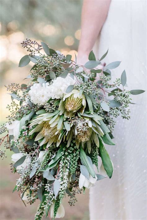 Beautiful Wedding Flower Arrangements by 20 Beautiful Wedding Bouquets To And To Hold The