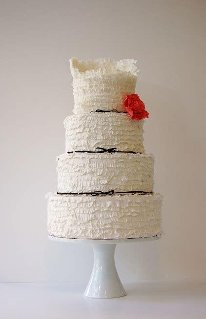 wedding cakes pictures black  white ruffle cake
