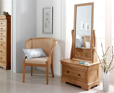 Cheap Oak Living Room Furniture by Mirror Mirror On The Wall Which Mirror Is For You Cheap Furniture