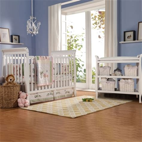 Davinci Emily 4 In 1 Convertible Crib White by Davinci 2 Nursery Set 4 In 1 Convertible Crib And Emily Changing Table White Free