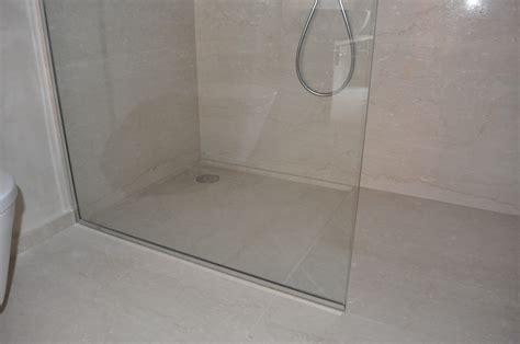 doccia a pavimento arredo d interni bagni in marmo piatto doccia in marmo