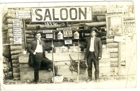swinging doors a jukebox and a barstool 139 best images about saloons on pinterest