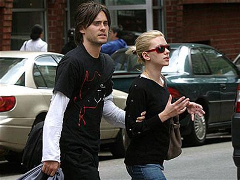 Is Scarlett Johansson hooking up with Jared Leto? Jared Leto And Scarlett Johansson Break Up