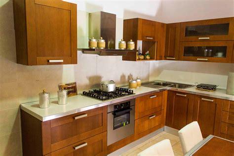 cucina to veneta cucine cucina california colore ciliegio scontato