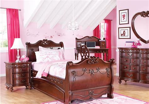 Disney Bedroom Furniture by If You Can T Stay In Disney World S Cinderella Suite Can