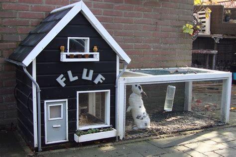 bunny houses konijnenhok rabbit hutch furniture pinterest hutch ideas too cute and so cute
