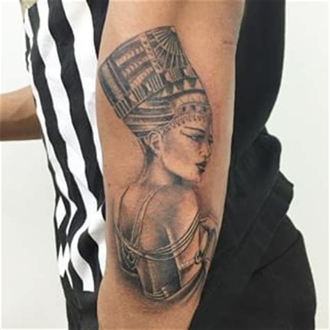 queen nefertari tattoo search tattoo drawings and afro on pinterest