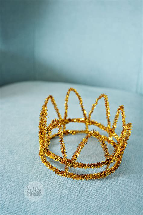 How Do You Make A Crown Out Of Paper - diy photo prop crown 187 inspiration
