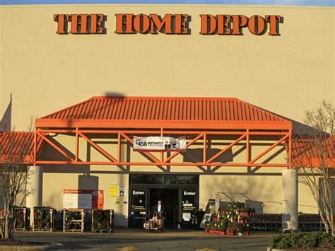 home depot hiring 1 500 in metro detroit for