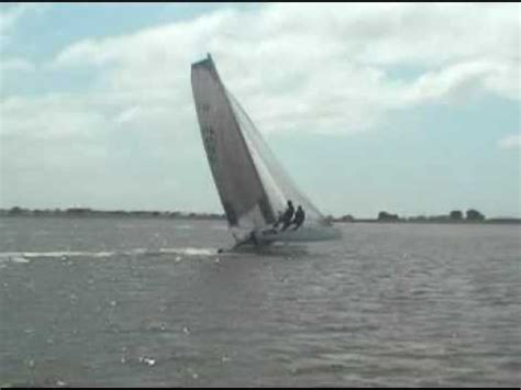 catamaran sailing license blade f18 beach catamaran sailing youtube