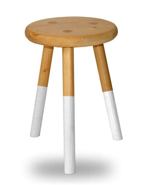 Tabouret 3 Pieds Bois tabouret bois rond 3 pieds assise laque blanche en sapin