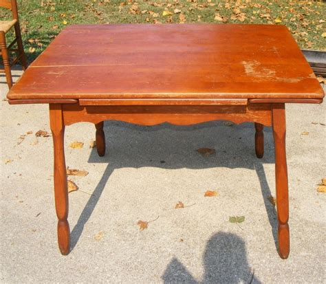 antique maple dining table antique maple drop leaf dining room kitchentable