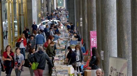libreria dello sport torino riapre portici di carta la libreria pi 249 lunga mondo
