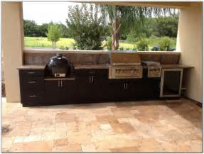 Outdoor Kitchen Furniture by Modern Outdoor Kitchen Cabinets