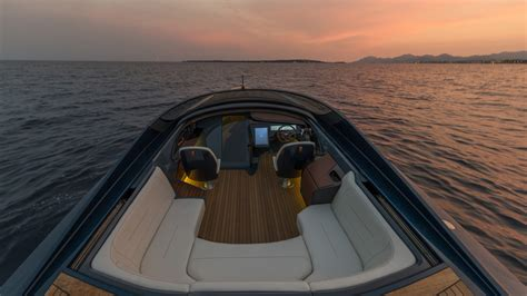 aston martin boat newmotoring aston martin has started production of the