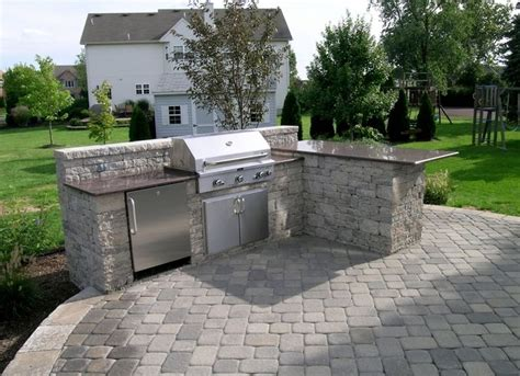 small outdoor kitchen 24 best small outdoor kitchens images on pinterest small