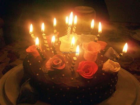 le 4 candele birthday wishes with cake and flowers and candles image