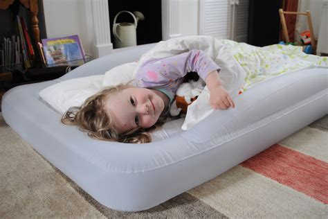 the shrunks toddler travel bed toddler travel beds best toddler travel beds for travel cribs travel reviews chasing