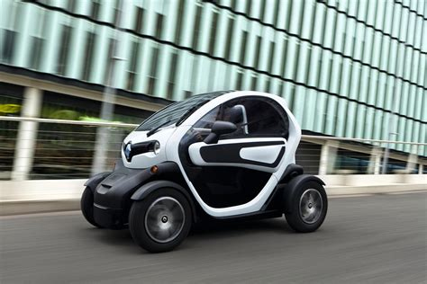 renault twizy f1 french revolution renault s twizy and kangoo inch closer