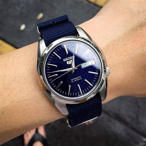 rekomendasi jam tangan  pria  pergelangan