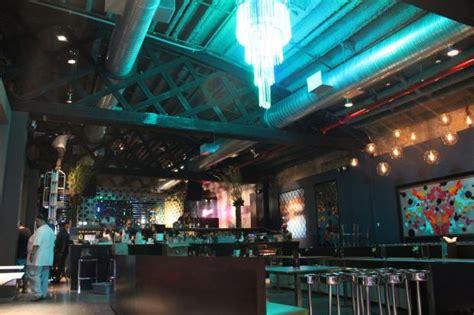 Garage Club Nyc by Former Inwood Auto Garage Transformed Into Nightclub And