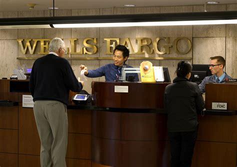 bank tell bank teller images