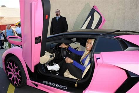 Nicki Minaj Pink Lamborghini by Nicki Minaj S Lamborghini Aventador Gets A Pink Makeover