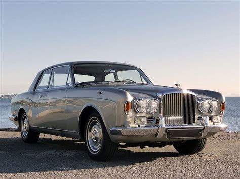 classic bentley coupe bentley t1 t2 corniche continental classic car review