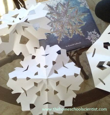 How To Make Snowflakes With Construction Paper - 1000 images about crafts on