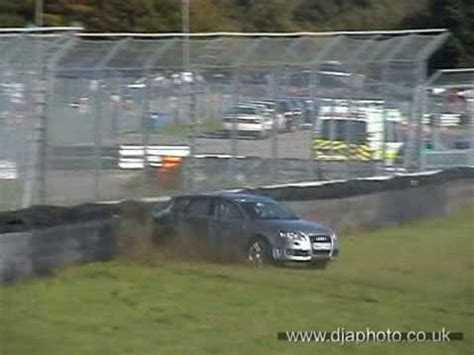 Audi Rs4 Unfall by Audi Rs4 Crash Castle Combe Youtube