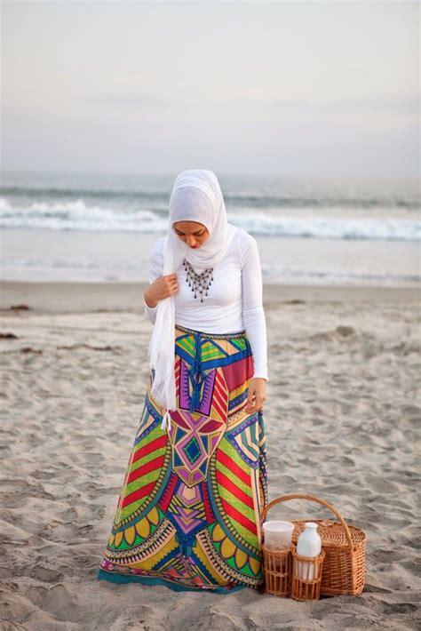 Baju Untuk Ke Pantai koleksi gambar busana modern trendy dan casual