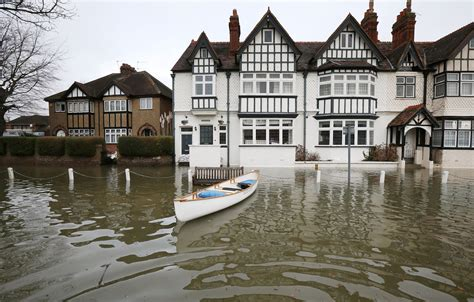 thames river property river thames floods west of london threatening thousands