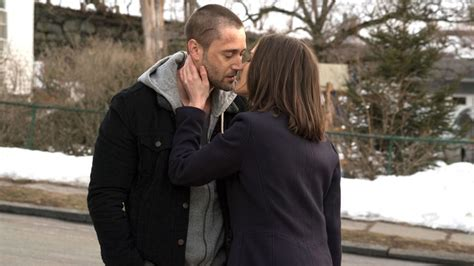what lipstick is lizzie wearing on the blacklist the blacklist tv s 233 rie tom keen ryan eggold