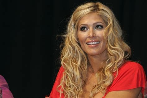 torrie wilson relationships torrie wilson is free and single after a rod relationship ends