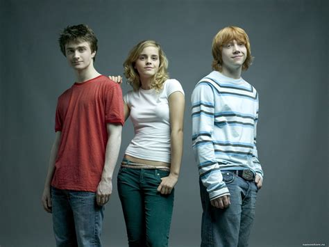 life with hermione daniel radcliffe emma watson rupert grint celebrities