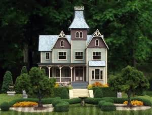 Queen Anne Victorian House victorian dollhouses gallery queen anne mansion