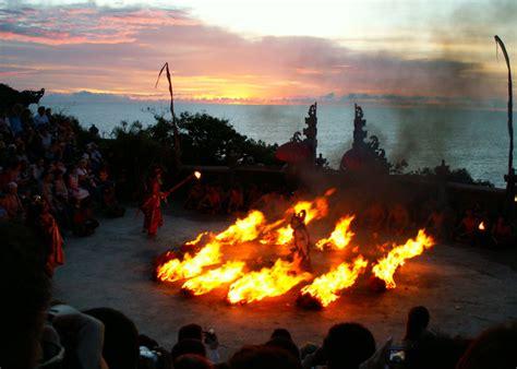 ubud uluwatu temple  day tours activity bali