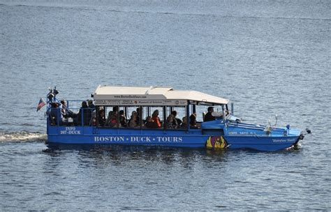 boston duck boats pictures duck boat driver involved in deadly crash had 10 speeding