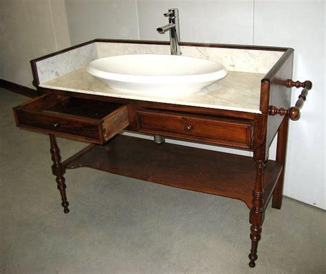 mobile toilette antico toilette mobile bagno in noce con lavabo 0344