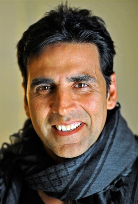 hollywood celebrities who like indian food indian actor akshay kumar pics style figures